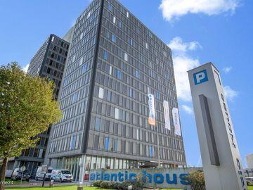 In Atlantic House kan u hedendaagse kantoren huren ten Noorden van Antwerpen en dit met een adembenemend uitzicht over de Antwerpse Haven.