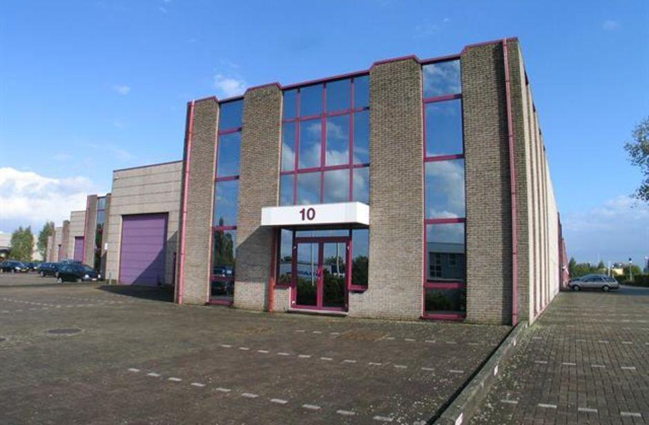 Industrieel gebouw te huur in Schelle